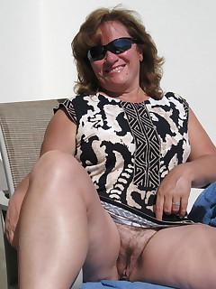 Hairy Upskirt Porn Pics